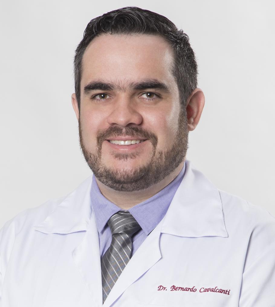 Dr. Bernardo Cavalcante